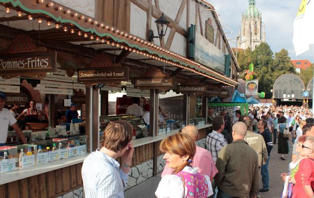 schoenigers-schmankerl-treff-festhalle-bayernland