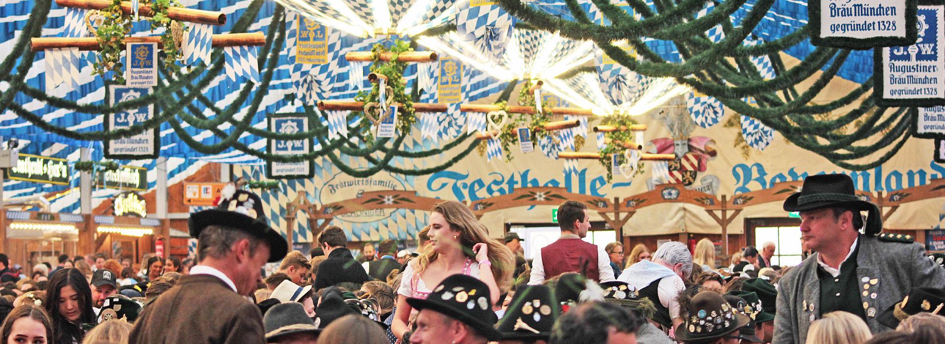 Festzelt_Muenchen_Festhalle-Bayernland_Fruehlingsfest_2020_Augustiner