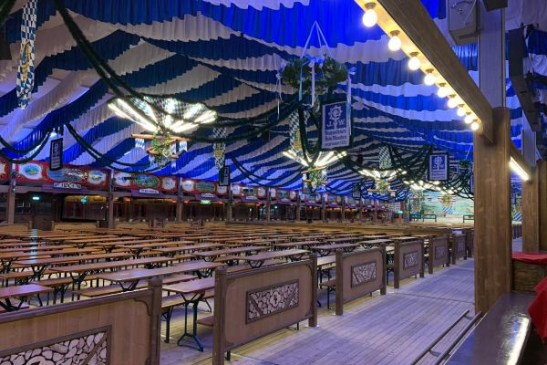 muenchen-fruehlingsfest-2019-festhalle-bayernland-schoeniger-theresienwiese-oktoberfest20210506-0041ED47EFE4-D7E5-6846-D115-3DB61125BC29.jpeg