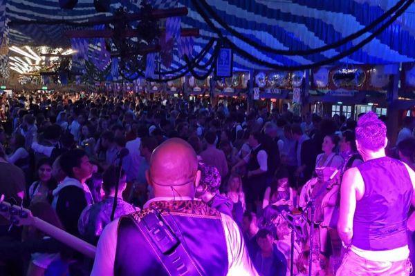 muenchen-fruehlingsfest-2019-festhalle-bayernland-schoeniger-theresienwiese-oktoberfest20210506-005550871EE9-2A7C-EF84-7274-504BDD6CD8AA.jpeg